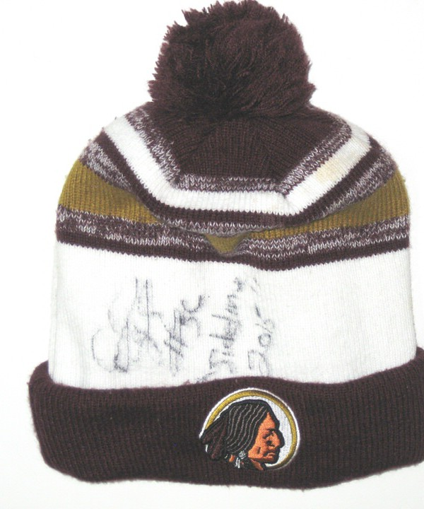 outlet store sale 90fb6 30420 ... discount darrel young sideline worn signed washington redskins new era beanie  hat a242a 8165f