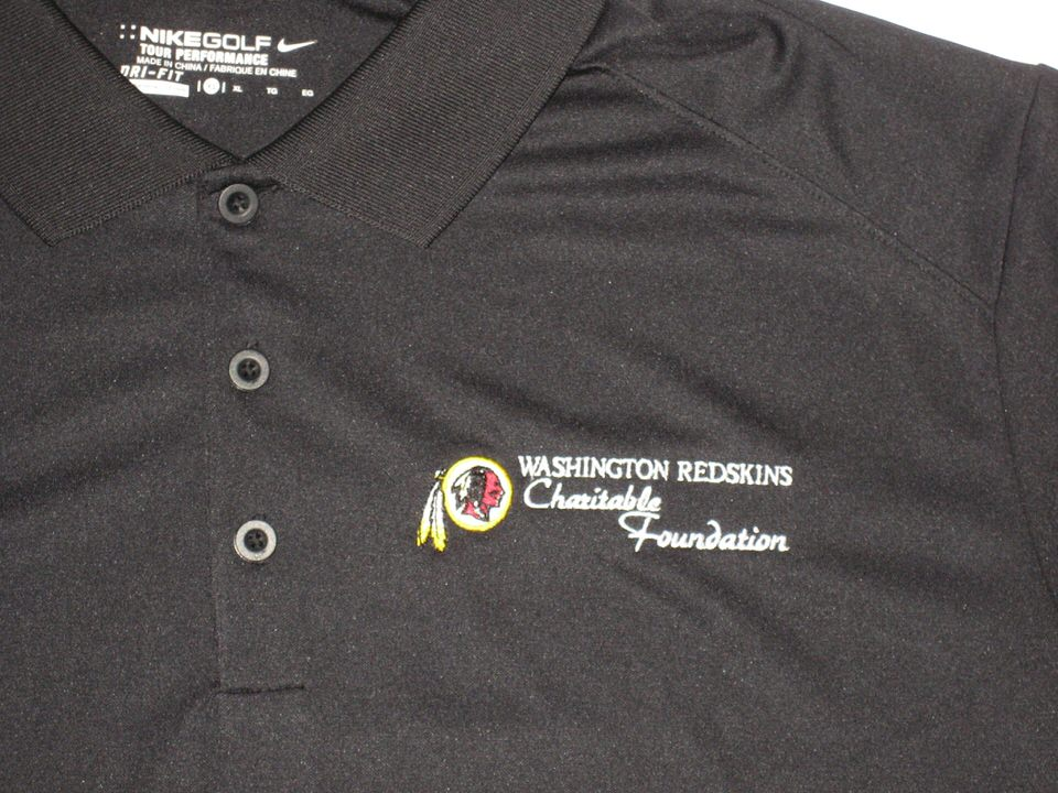 ... Darrel Young Signed Washington Redskins Charitable Foundation Nike Polo  Shirt ... a8a5af264