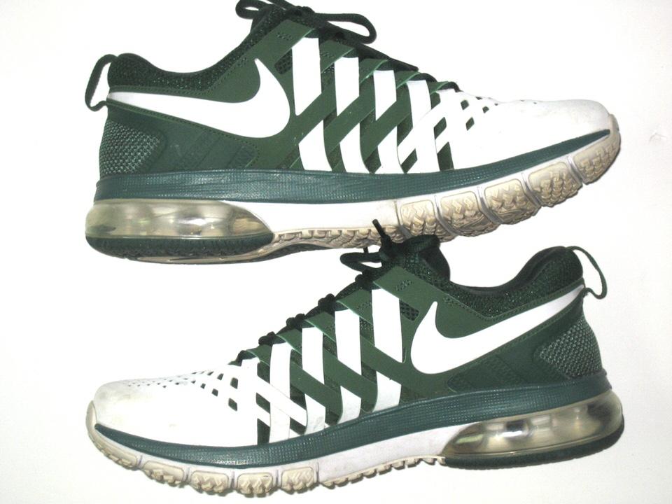2415775ad9e Darien Harris Michigan State Spartans Autographed White   Green Nike  Fingertrap Air Max Travel Shoes Darien ...