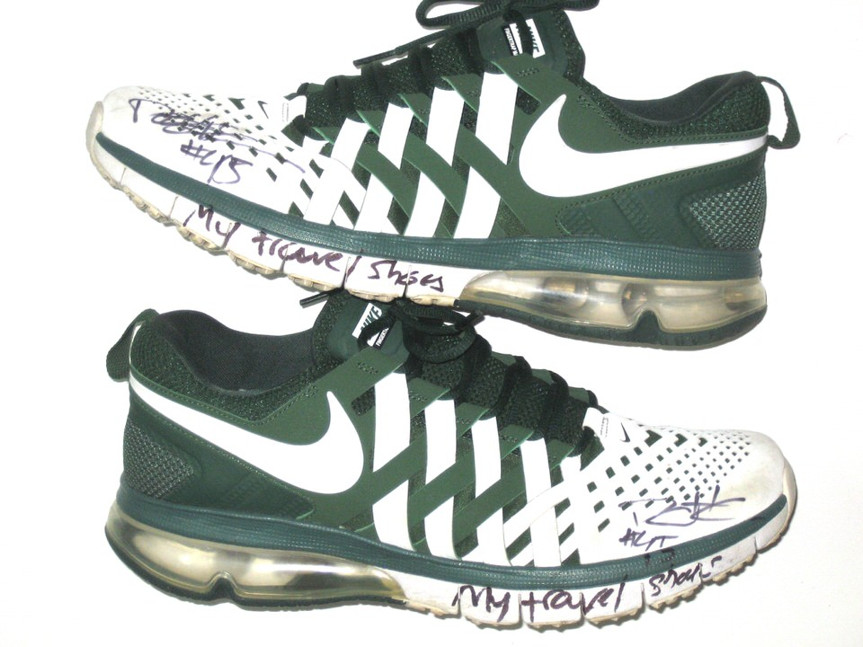 low priced 61803 676e4 Darien Harris Michigan State Spartans Autographed White   Green Nike  Fingertrap Air Max Travel Shoes
