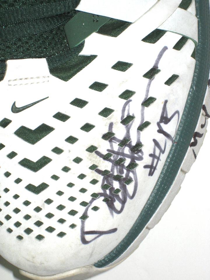 486a79a5669 ... Travel Shoes Darien Harris Michigan State Spartans Signed White   Green  Nike Fingertrap Air Max ...