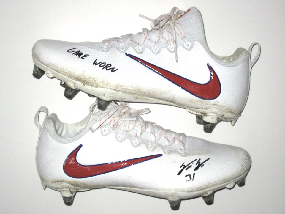 Trevin Wade New York Giants Game Used   Signed White   Red Nike Vapor Cleats  – 77293bc8a