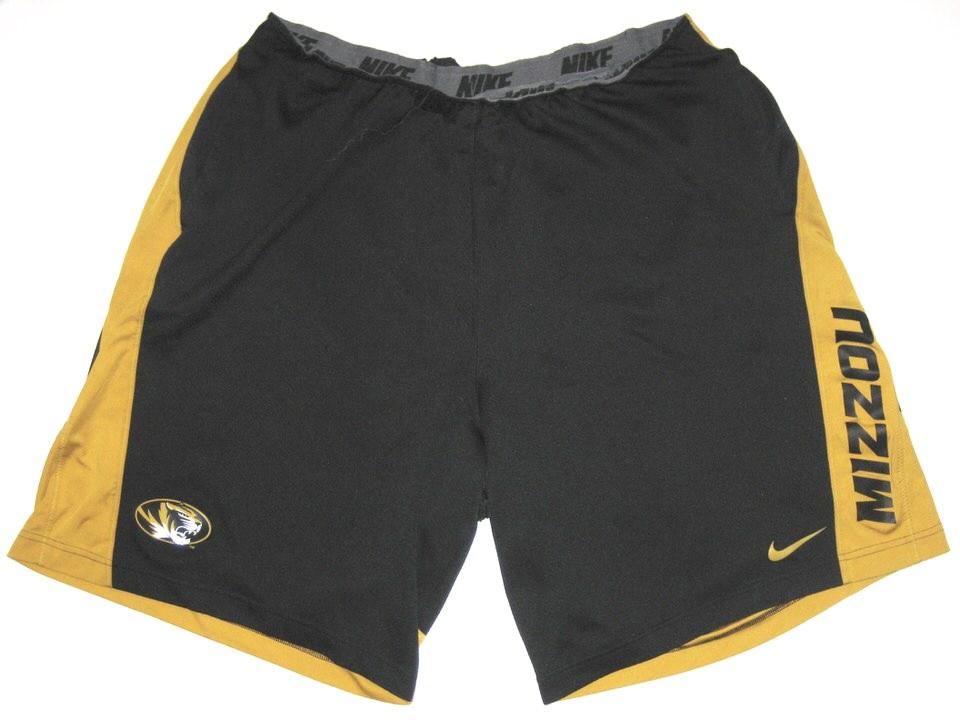 black and gold nike shorts