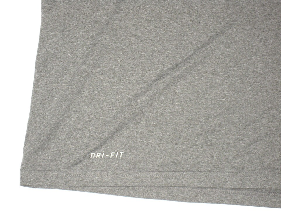 61b35dd2866f ... XXL Shirt Tommy Myers Game Worn   Signed Official Connecticut Huskies  Football Nike Dri-Fit ...