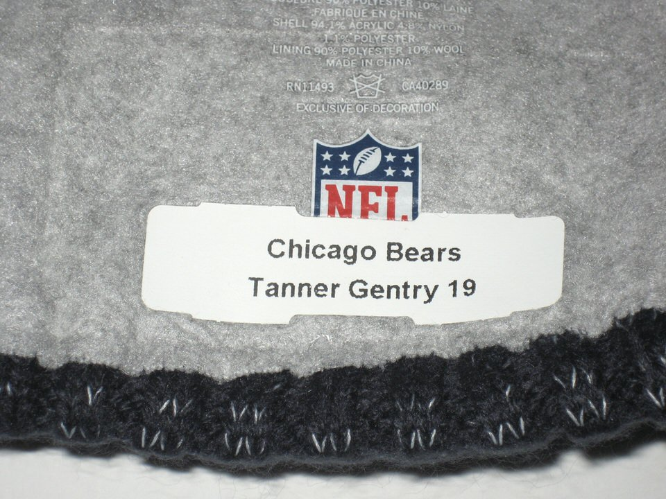 competitive price 06ecc 6e5e0 ... Tanner Gentry 2017 Sideline Worn   Signed Official Chicago Bears  19  New Era Knit Hat
